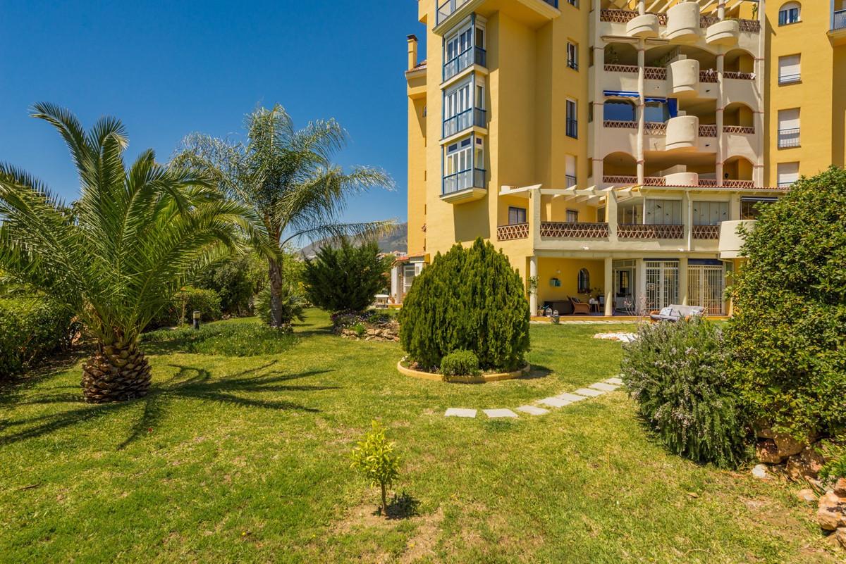 Apartamento con 4 Dormitorios en Venta Benalmadena Costa