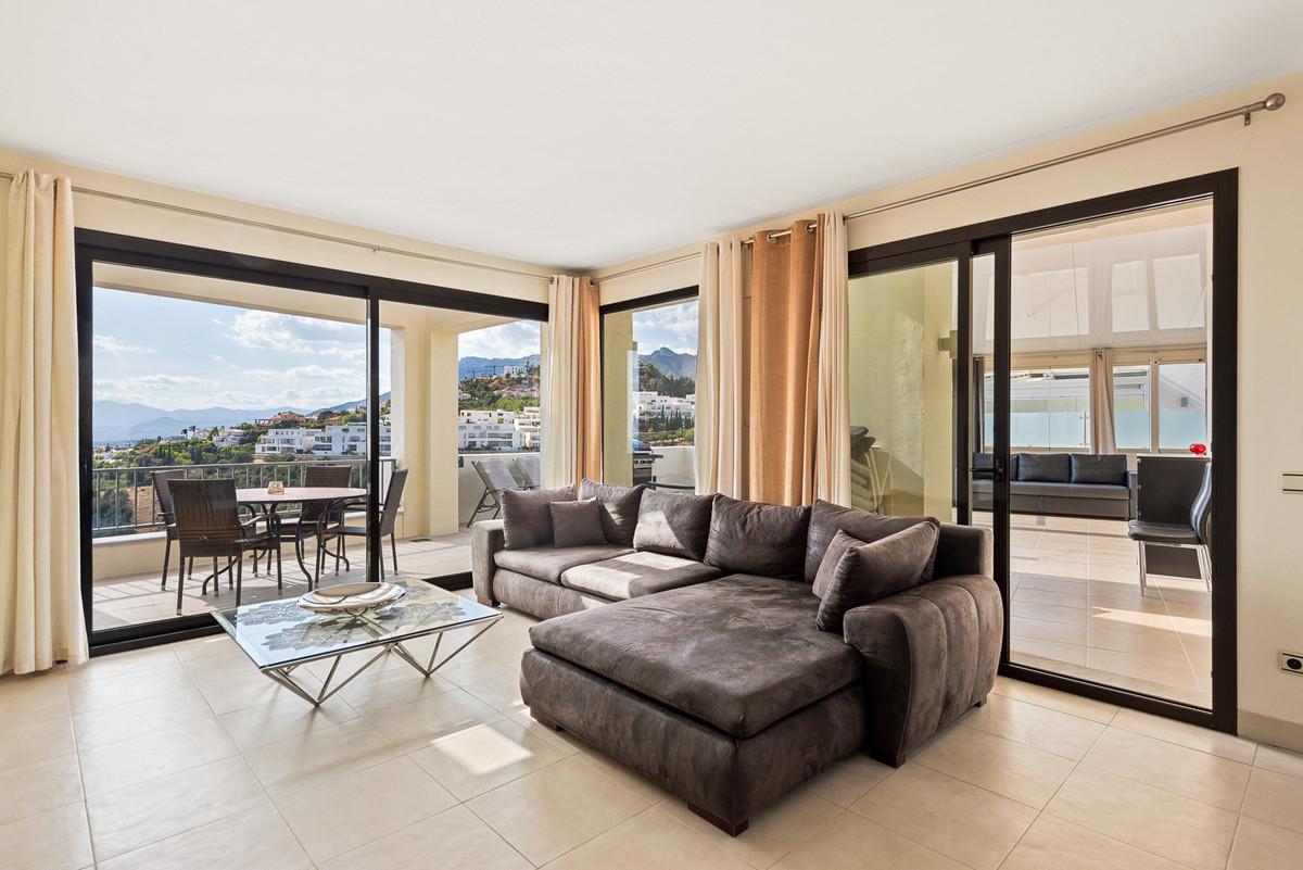 Penthouse for sale in Los Monteros, Marbella East, with 3 bedrooms, 2 bathrooms, 2 en suite bathroom,Spain
