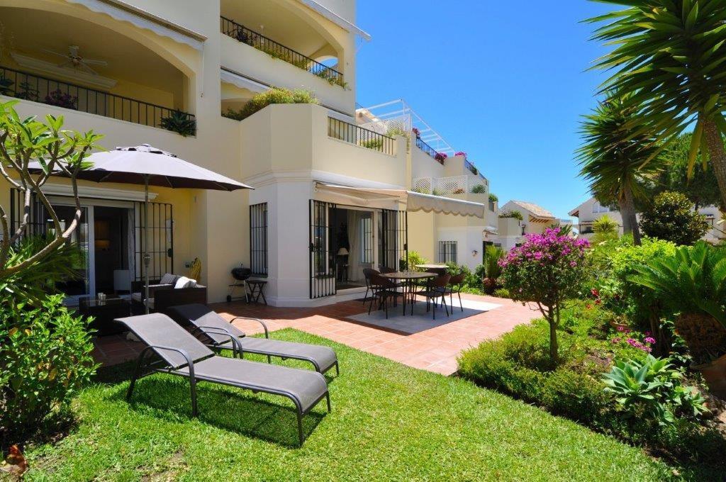 Apartment Ground Floor Elviria Málaga Costa del Sol R3362896 3