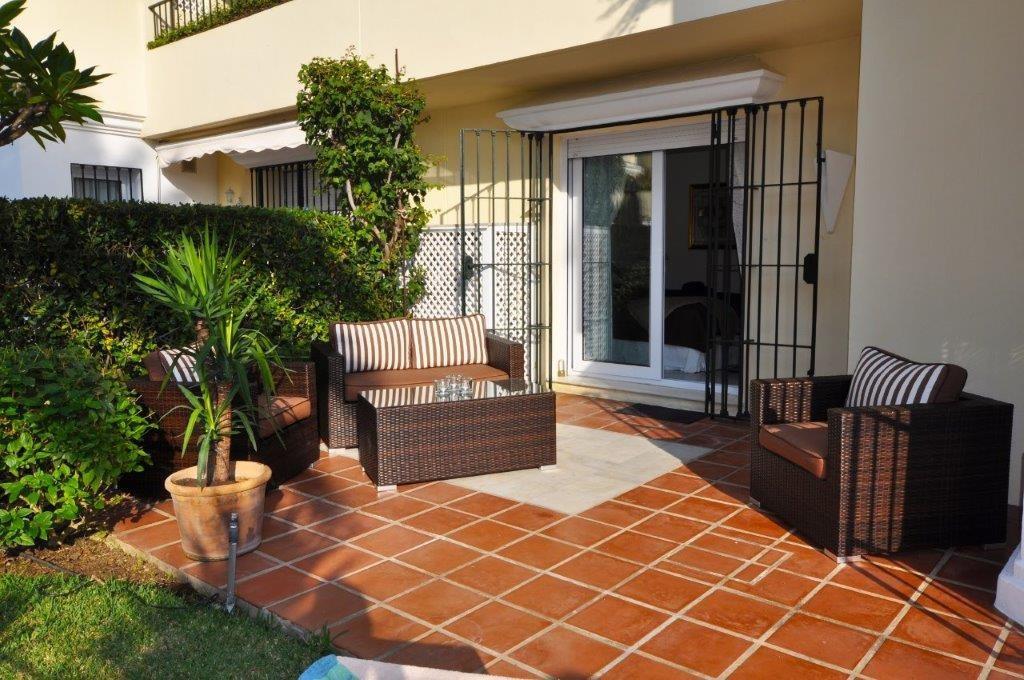 Apartment Ground Floor Elviria Málaga Costa del Sol R3362896 5