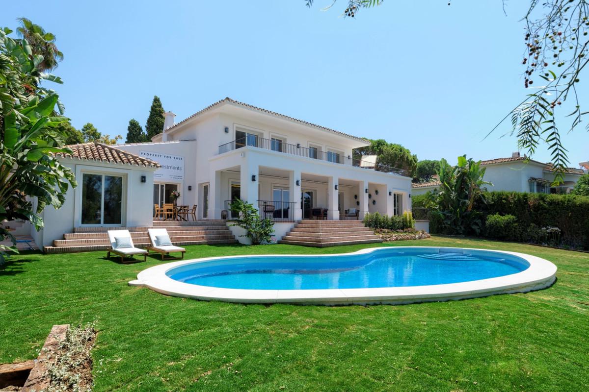 Detached Villa in Guadalmina Alta R3293422