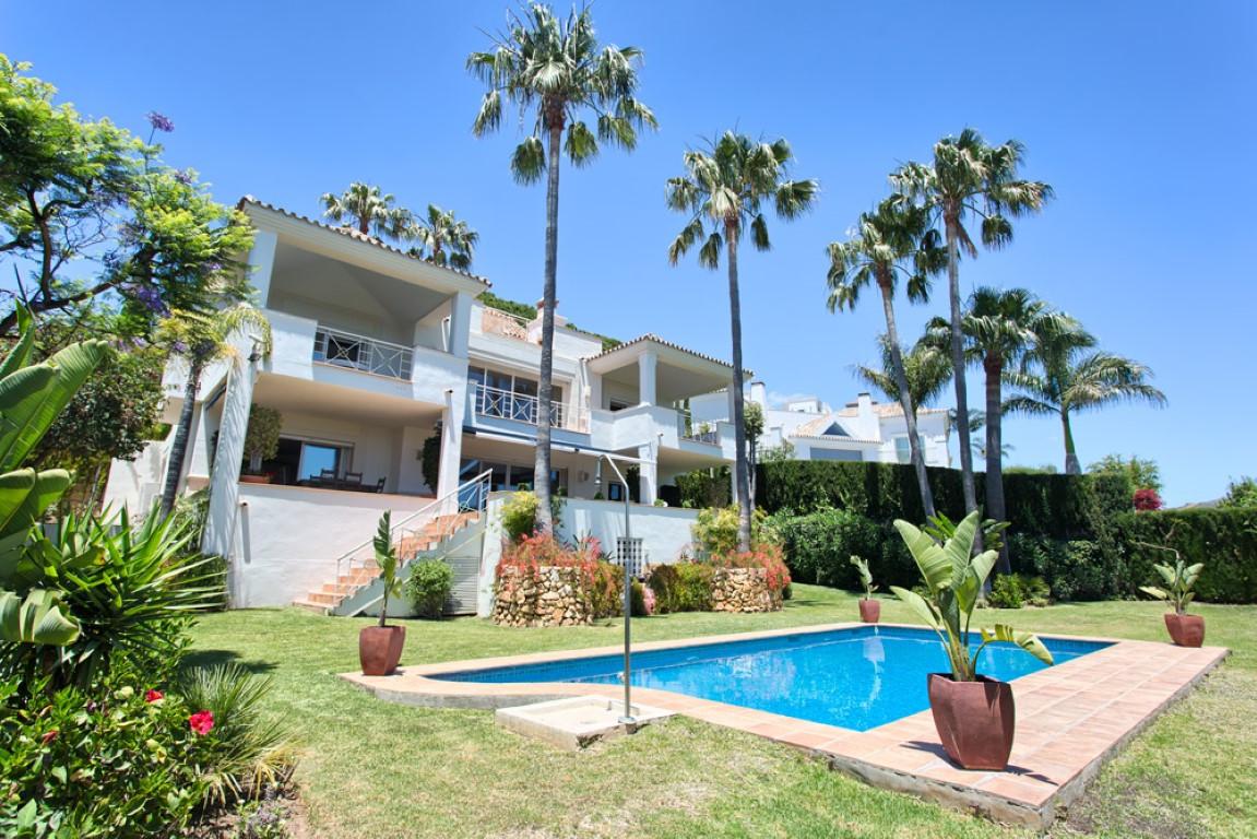 Villa For sale In Río real - Space Marbella