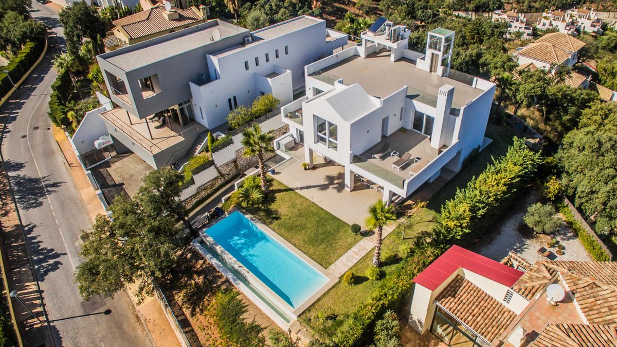 Villen in neuen Entwicklungen - Sentinel Estates
