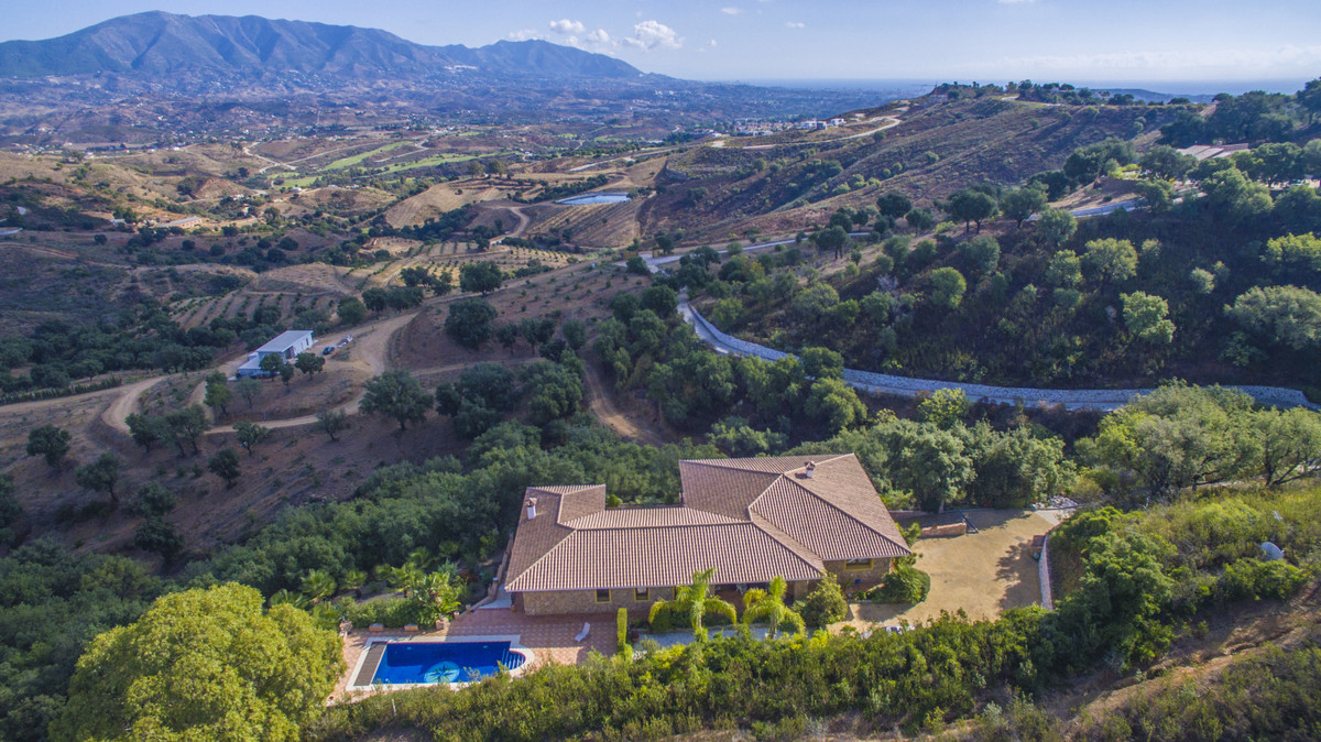 Detached Villa for sale in La Mairena R2441963