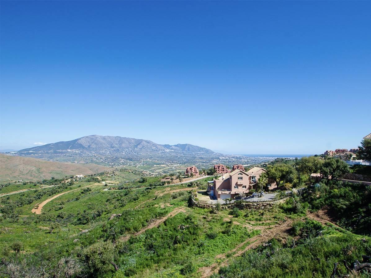 Plot  Residential for sale   in La Mairena