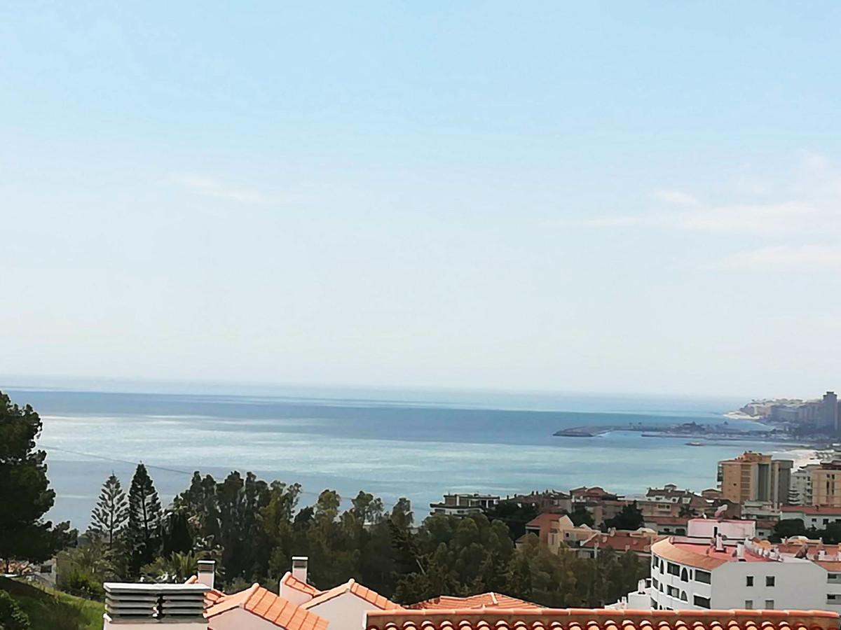 A UNIQUE PLOT IN TORREBLANCA WITH BREATHTAKING SEA VIEWS OVER THE FUENGIROLA BAY!    Location is per,Spain