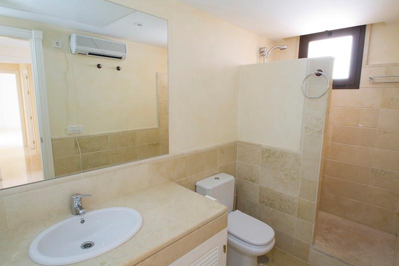 Apartamento con 4 Dormitorios en Venta Los Arqueros