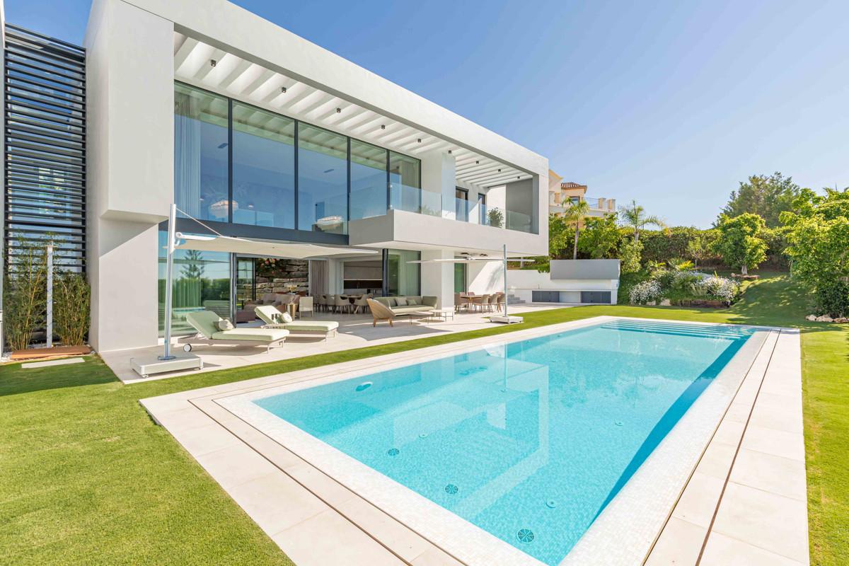 House in Los Arqueros R2739368 2