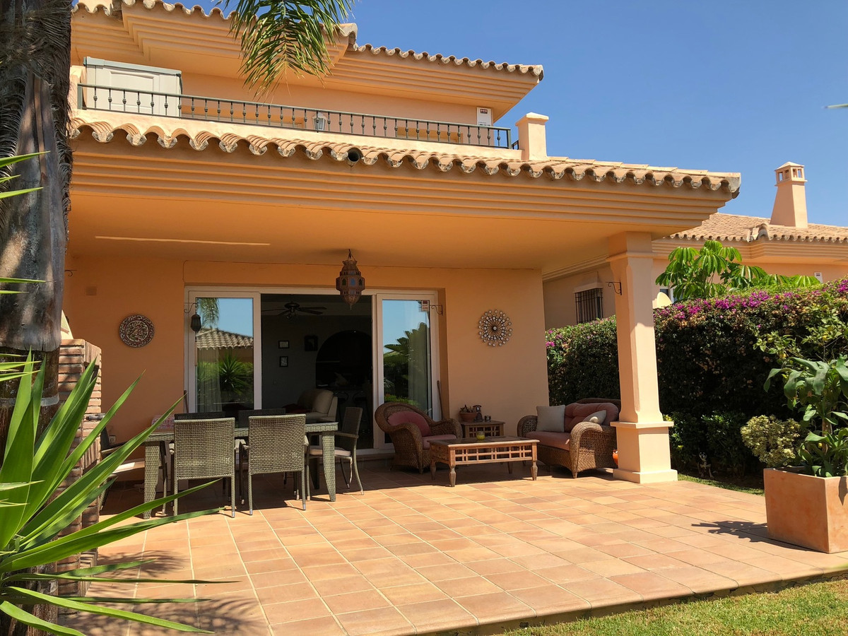 Doppelhaus Stadthaus in Riviera del Sol R3234982