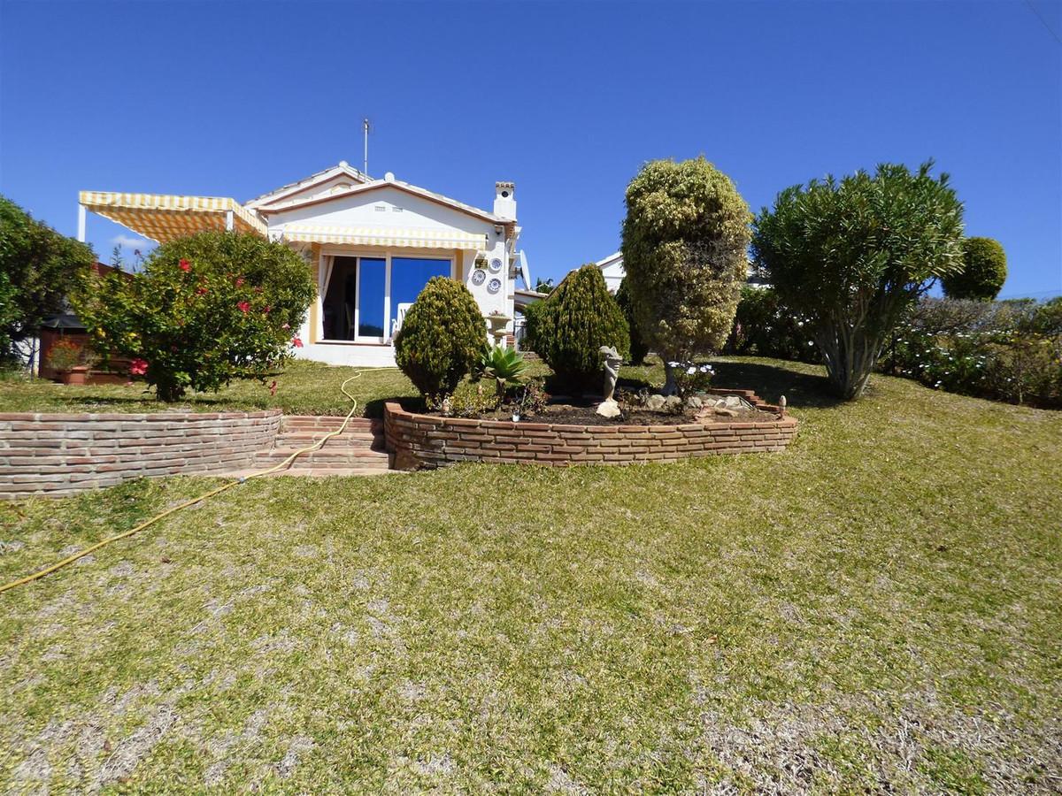 Villa - Chalet en El Faro R2640710