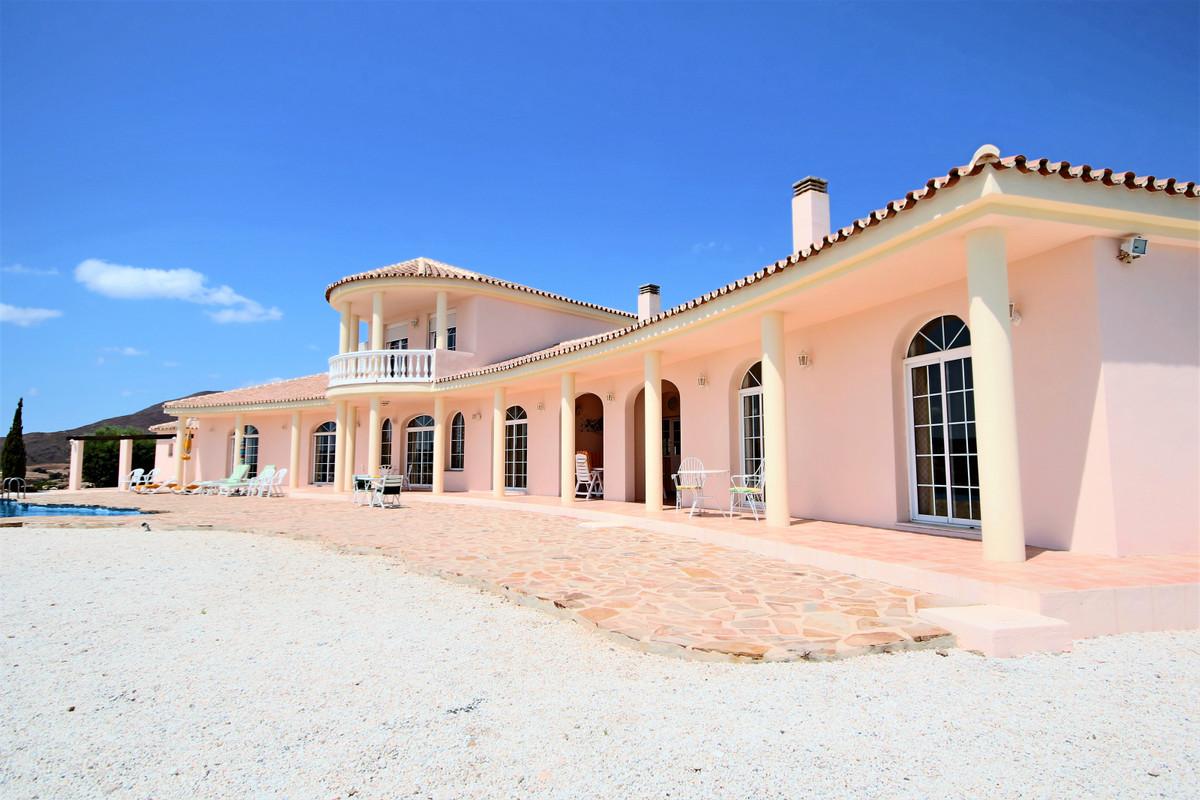 R3253399: Villa for sale in Mijas Costa