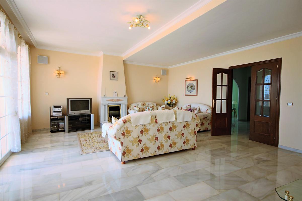 Villa Detached Mijas Costa Málaga Costa del Sol R3253399 5