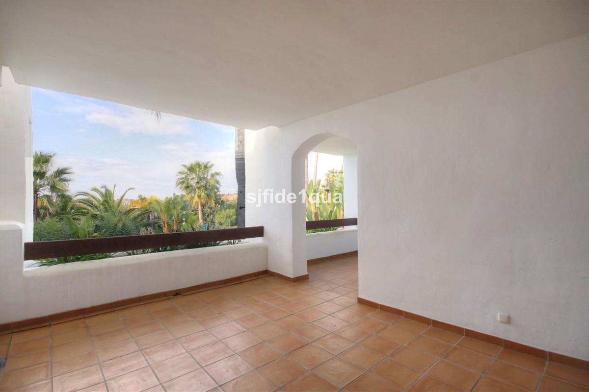Apartment for sale in Nueva Andalucia - Nueva Andalucia Apartment - TMRA0850
