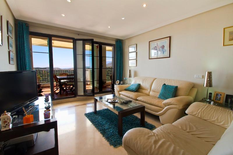 Los Arqueros Apartment for Sale