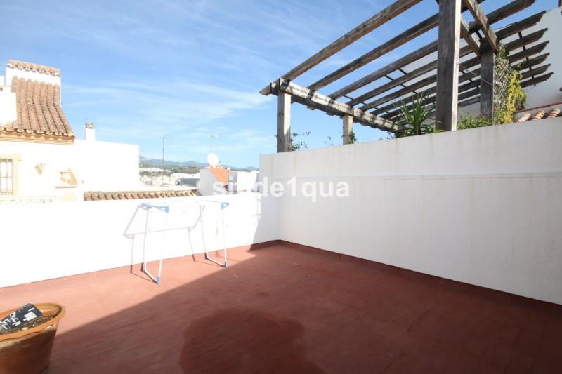 Townhouse in Estepona R3295111