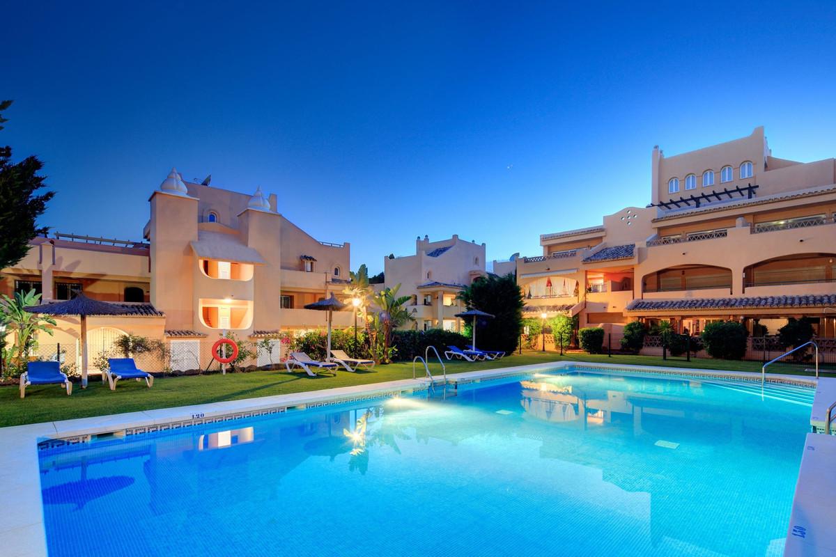 Apartment for sale in Elviria - Marbella East Apartment - TMRO-R3102713