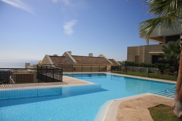 Ground Floor Apartment for sale in Los Altos de los Monteros - Marbella East Ground Floor Apartment - TMRO-R3104555
