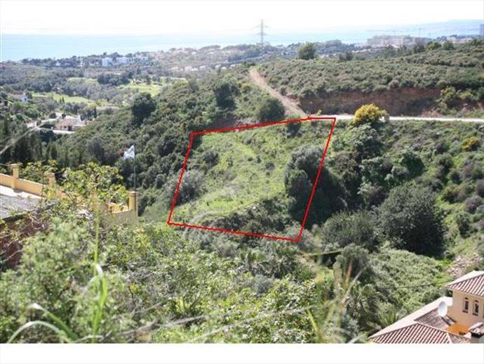 Residential Plot for sale in El Rosario - Marbella East Residential Plot - TMRO-R141429