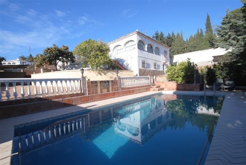 Villa for sale in Marbella - Marbella Villa - TMRO-R2206172