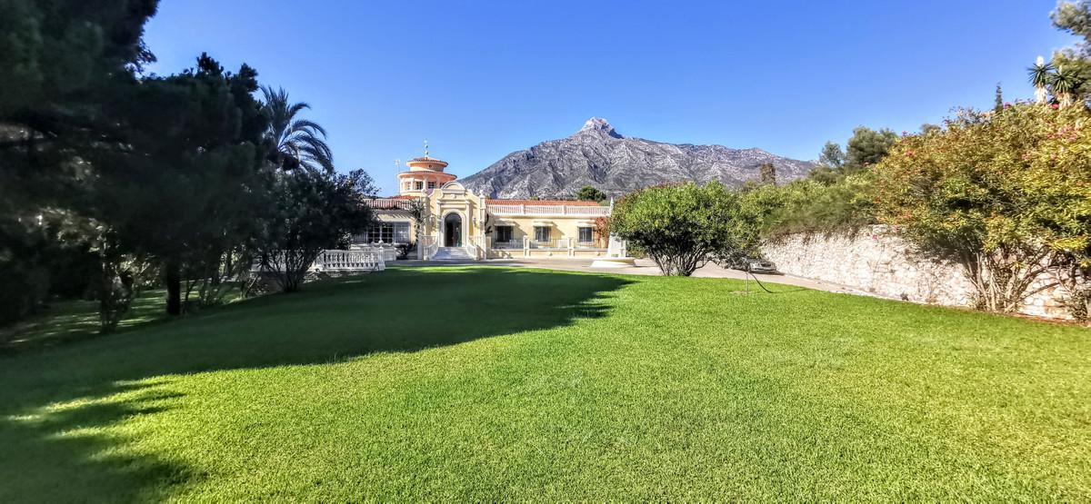 Marbella Golden Mile Villa for Sale