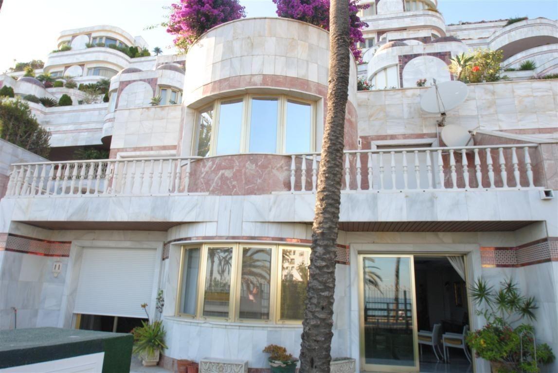 Ground Floor Apartment for sale in Marbella - Puerto Banus - Marbella - Puerto Banus Ground Floor Apartment - TMRO-R2357477