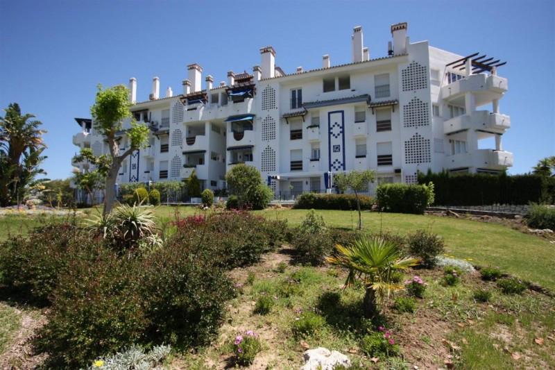 Penthouse for sale in Las Chapas - Marbella East Penthouse - TMRO-R2220095