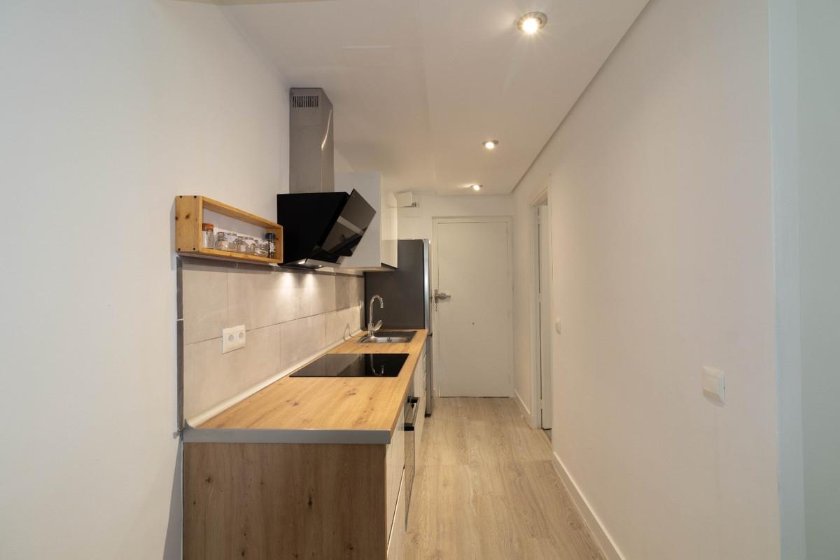 House in Estepona R3914818 1