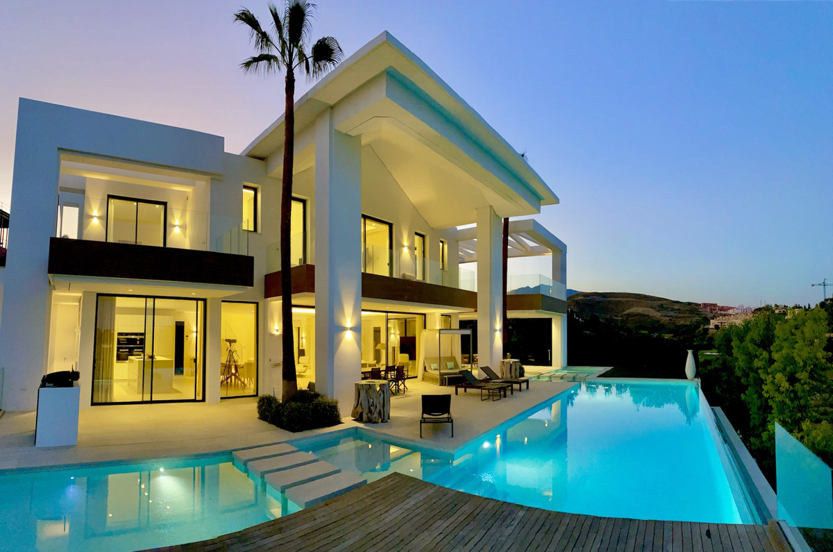 Amazing villa designed by the famous architect, Carlos Lamas with open sea views as well as golf and,Spain