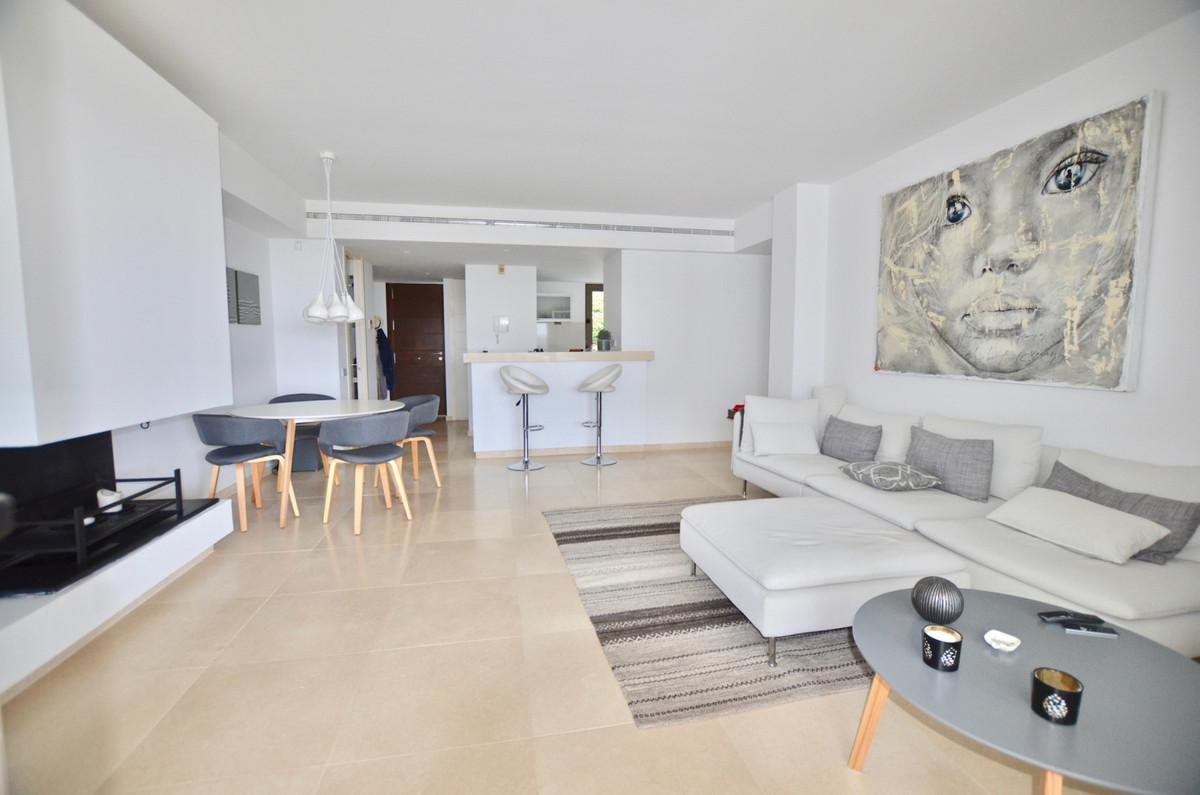 R3498838 Apartment Los Flamingos, Málaga, Costa del Sol