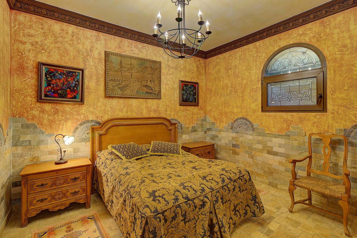 House in Bahía de Marbella R3846910 12