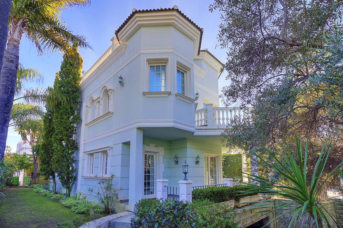 House in Bahía de Marbella R3846910 31