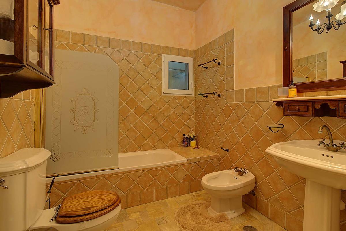 House in Bahía de Marbella R3846910 8