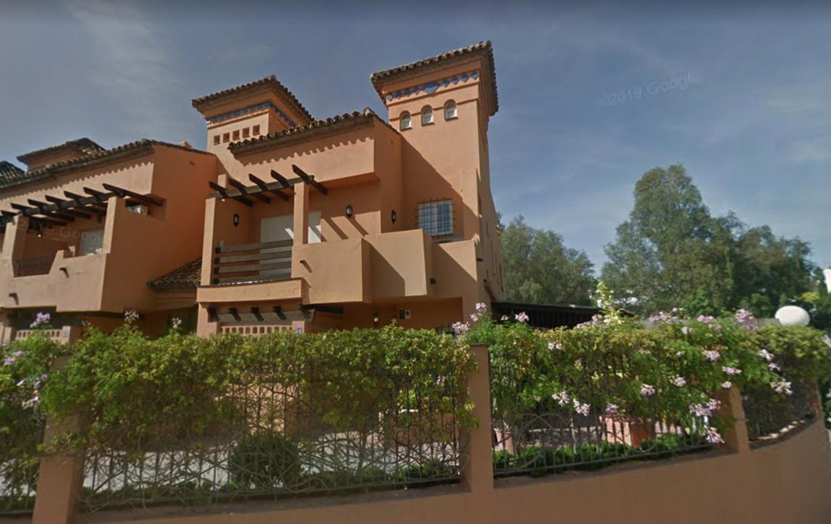 SEMI-DETACHED 4 BEDROOM VILLA IN LOMAS DE PUENTE ROMANO, GOLDEN MILE, MARBELLA Refurbished corner To,Spain