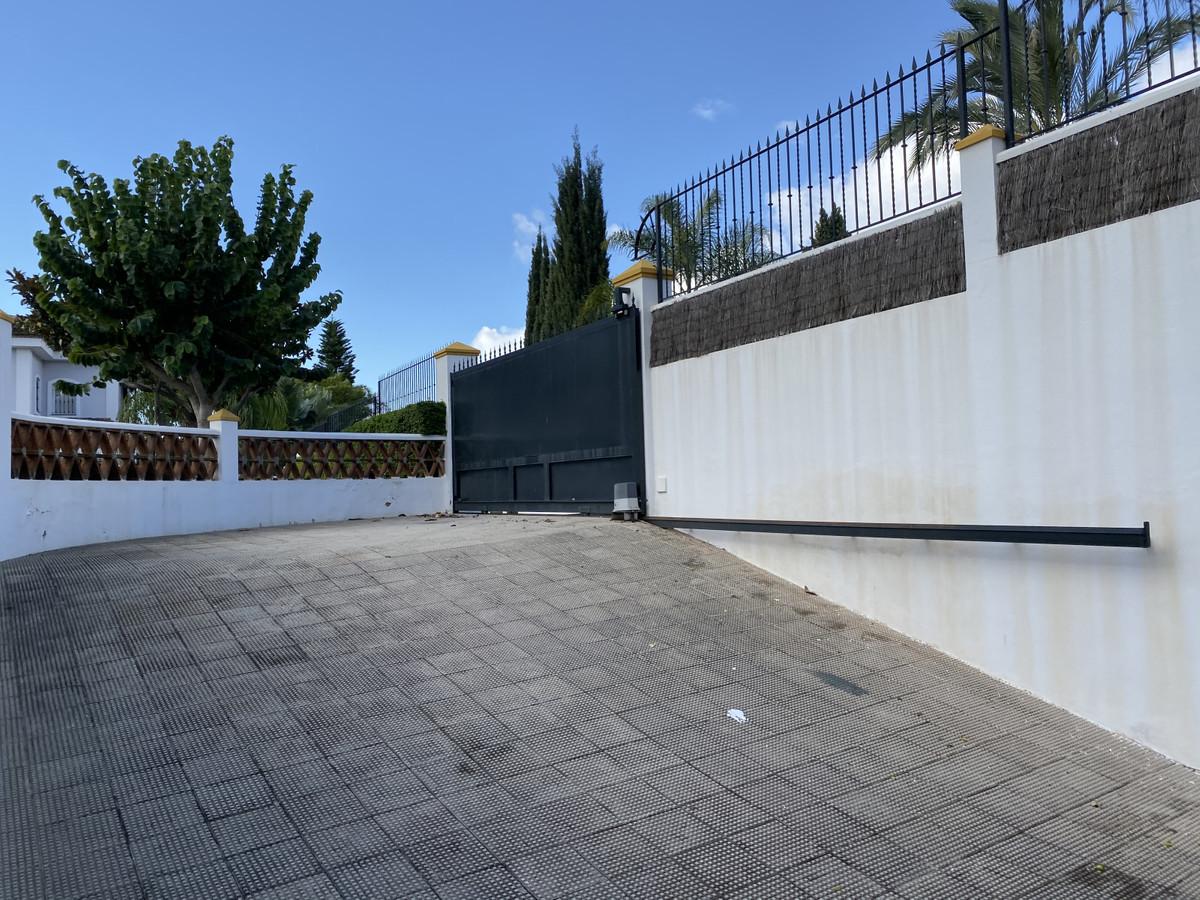 House in Bahía de Marbella R3552706 14