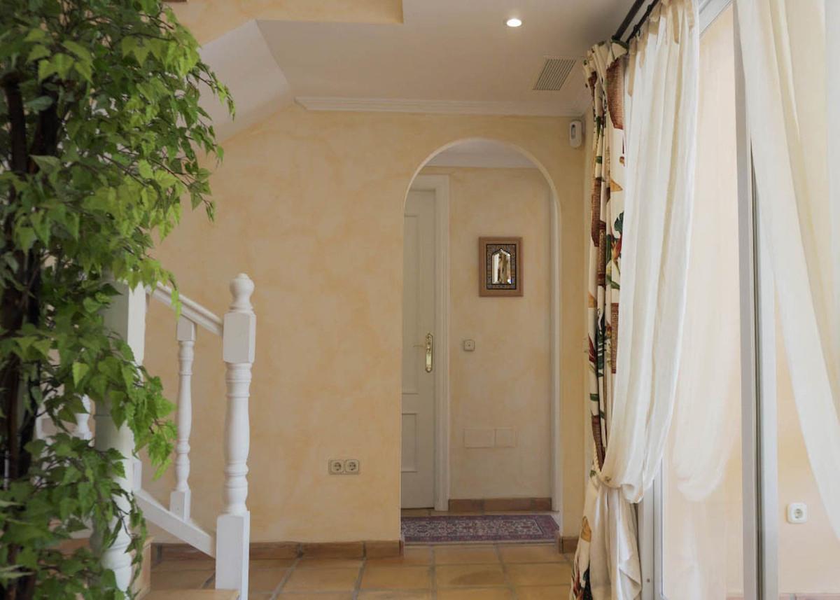 House in Bahía de Marbella R2593715 11