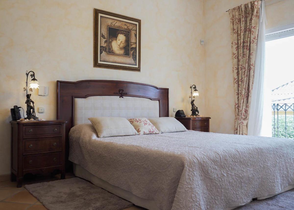 House in Bahía de Marbella R2593715 14