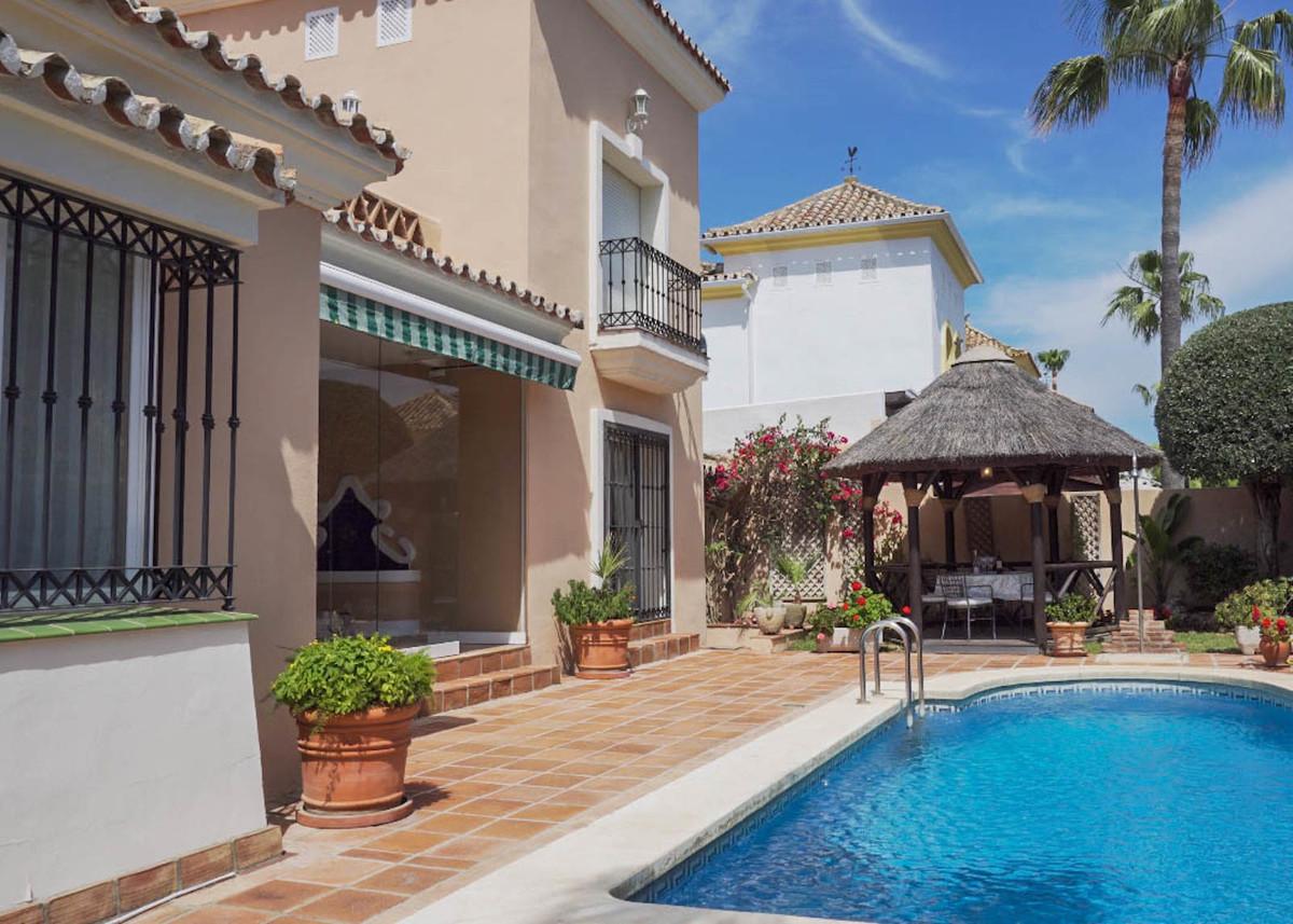 House in Bahía de Marbella R2593715 24