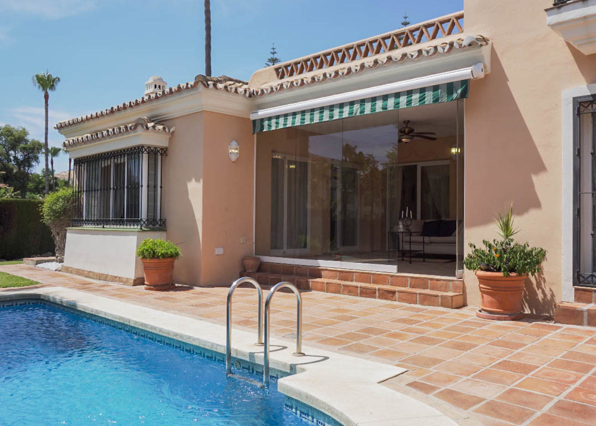 House in Bahía de Marbella R2593715 3