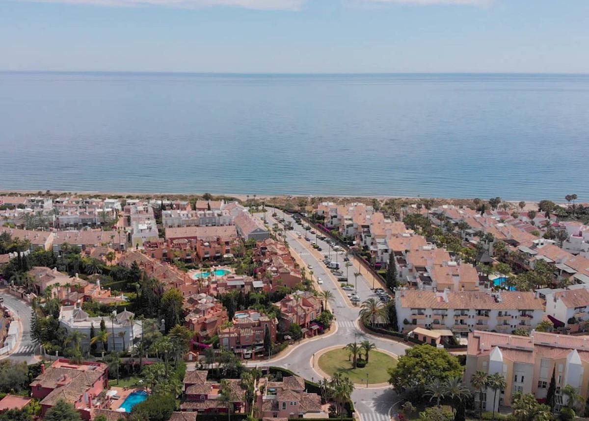 House in Bahía de Marbella R2593715 4