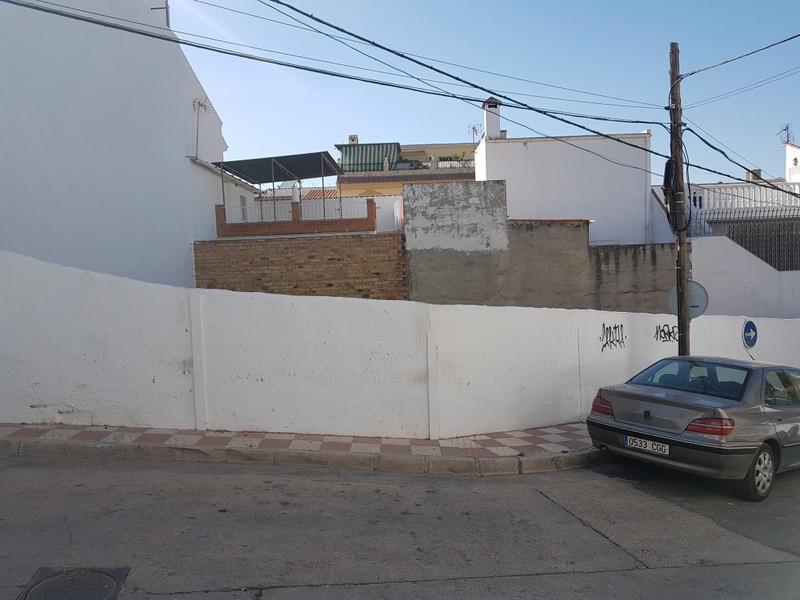 Площадь участка - Alhaurín El Grande