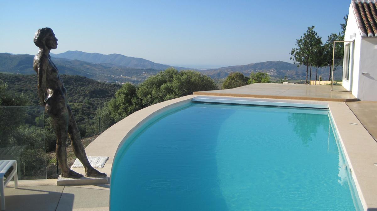 Detached Villa in Malaga