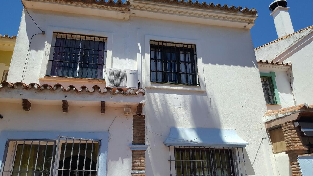 Townhouse - Sierrezuela