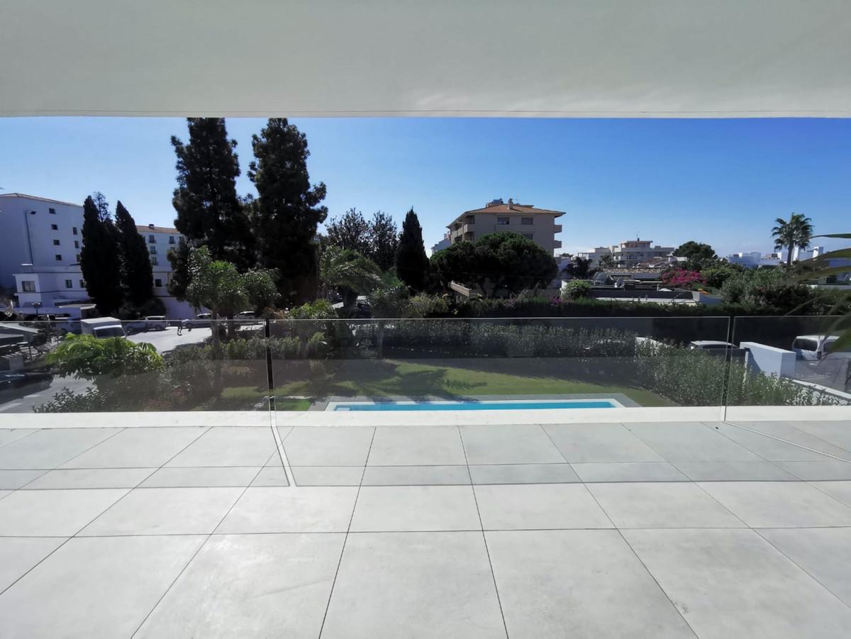 House in Nueva Andalucía R2890094 22