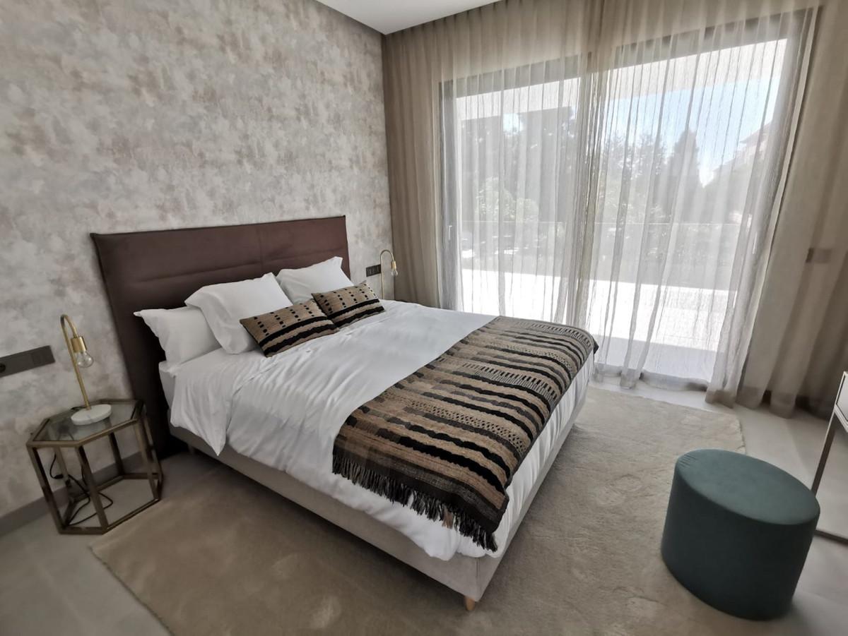 House in Nueva Andalucía R2890094 25