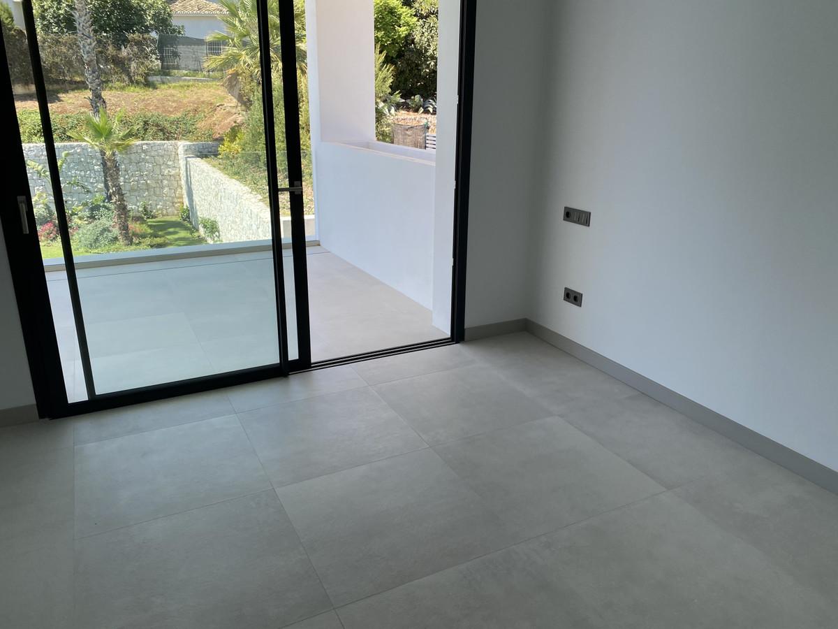 House in Nueva Andalucía R2890094 36