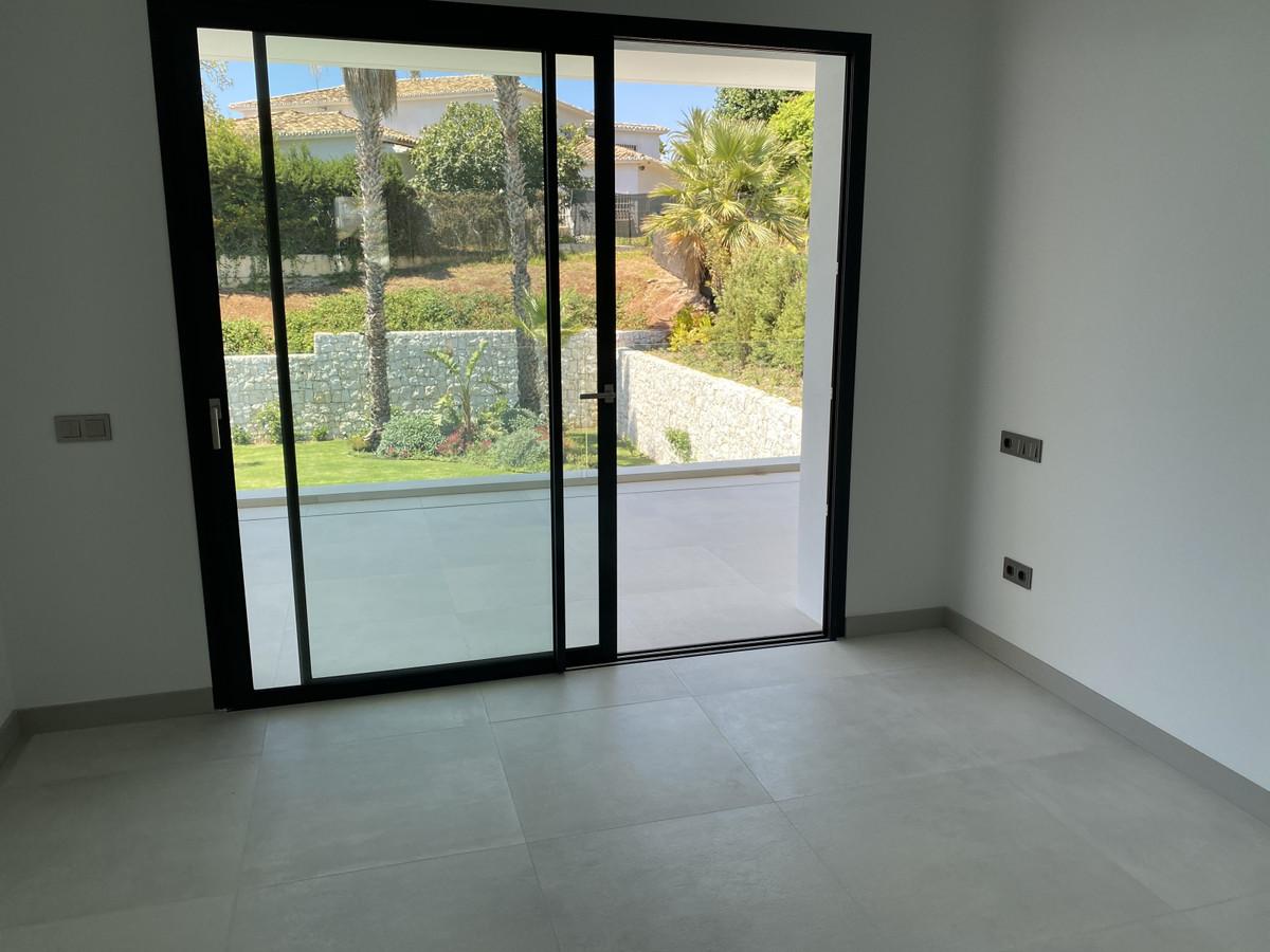 House in Nueva Andalucía R2890094 41