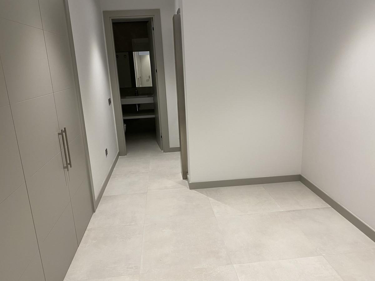 House in Nueva Andalucía R2890094 42