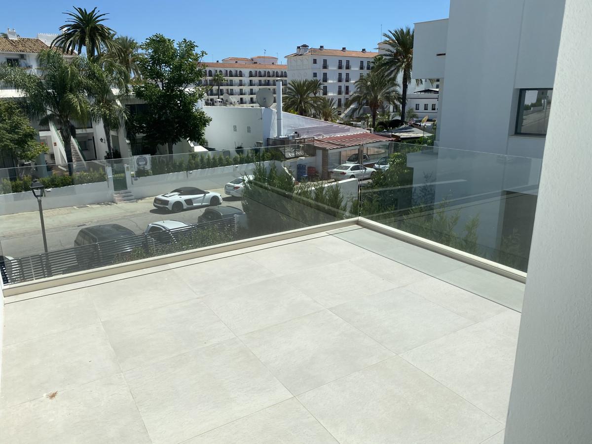House in Nueva Andalucía R2890094 54