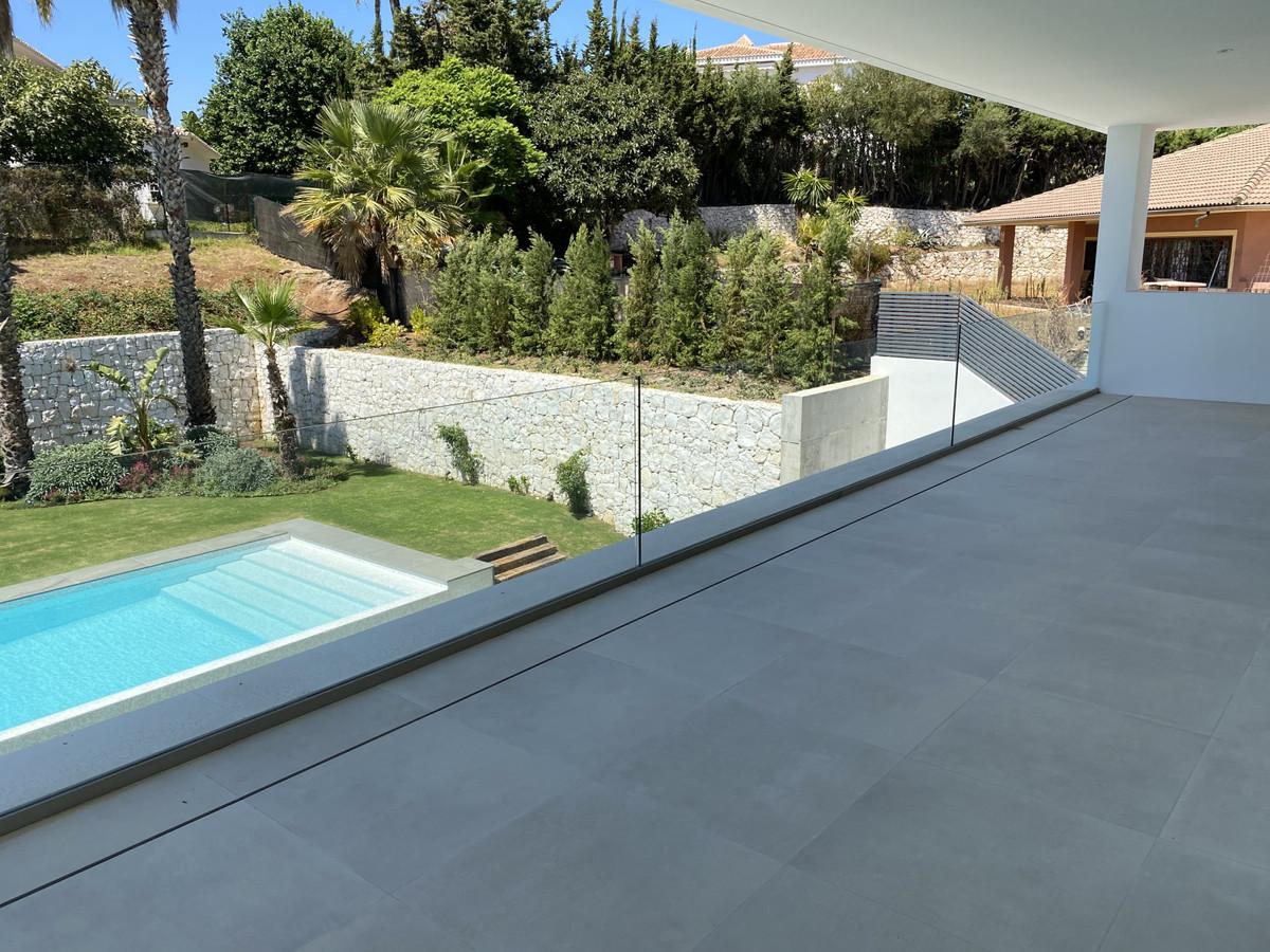 House in Nueva Andalucía R2890094 56