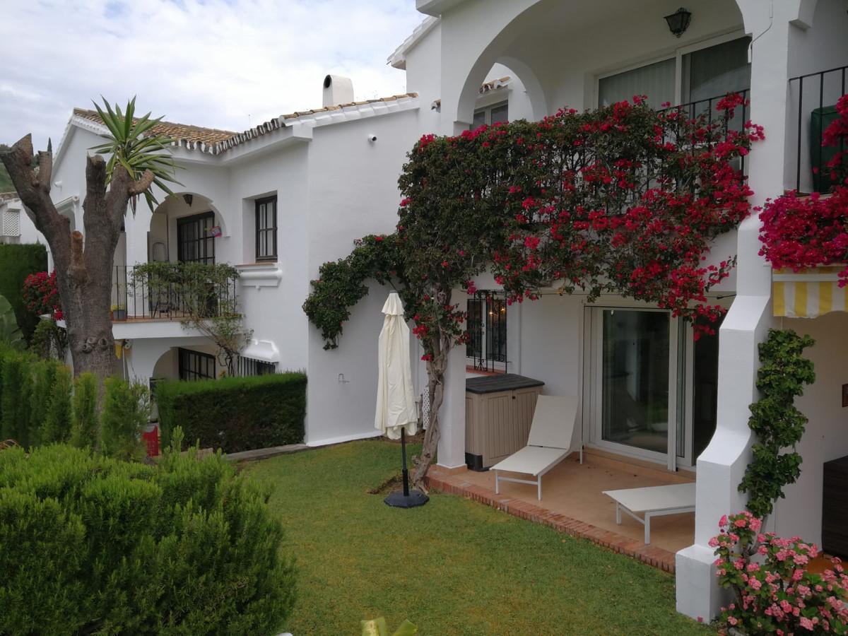 Superb front line Golf ground floor garden apartment in Pueblo Cortes del Golf in El Paraiso Alto, a,Spain
